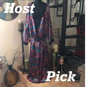 Other - 💋HOST PICK 💋NWT Robe & Nightgown Set Long